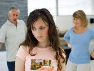 Всю жизнь под опекой родителей